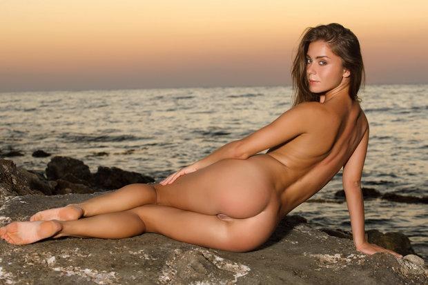 bai ling nude photos galleries