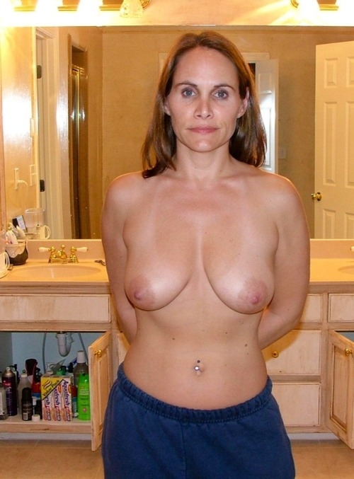 Post Your Naked Wife 17