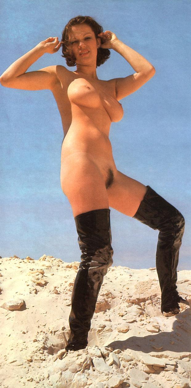 Julia Taylor Vintage Erotica 120