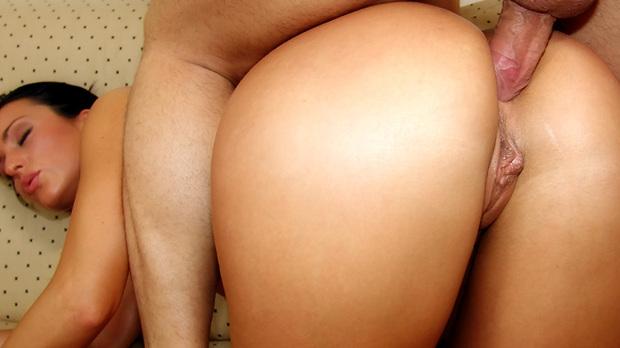 Aria giovanni anal