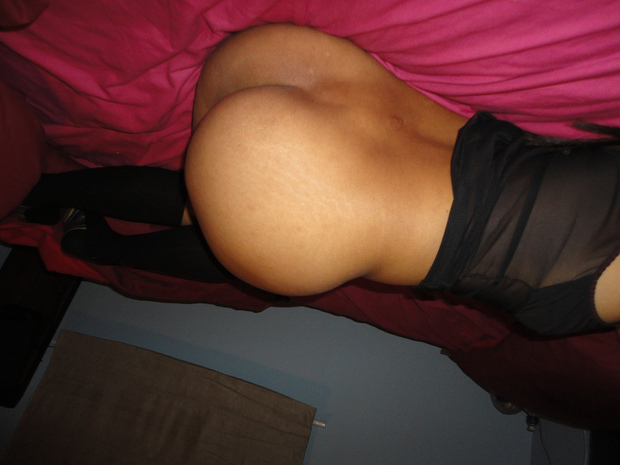 gorgeous pinay ass sky high and ready to be fucked; Ass