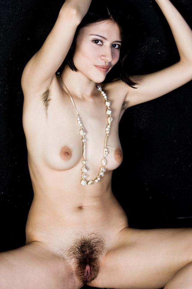 hairy galleries brunettes unshaven