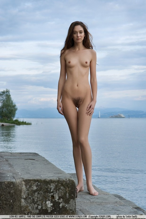 Beautiful Brute Teen Shows Her Hairy Pussy By The Ocean