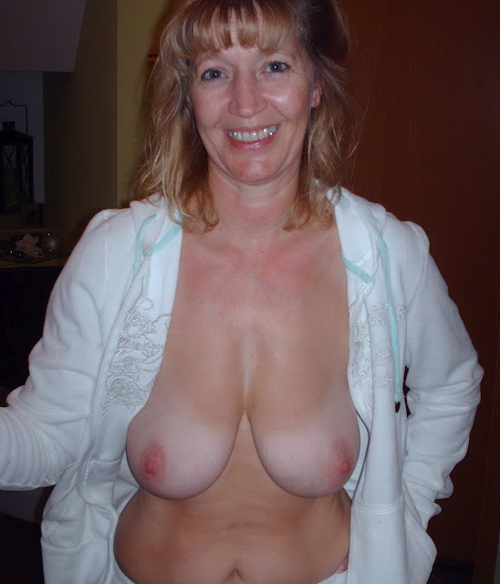Mature ladies models