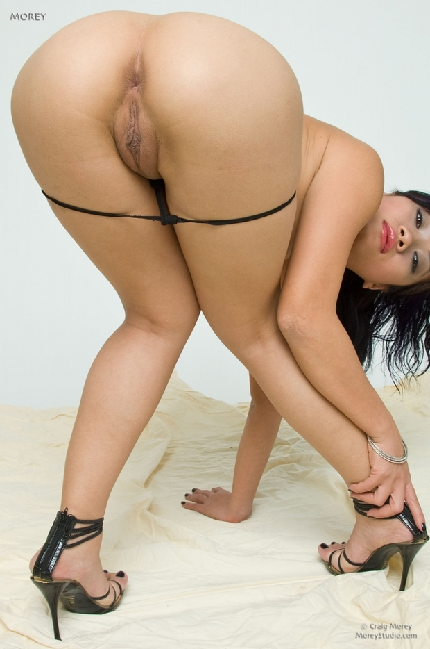 Shaved asian hot japanese girl nude
