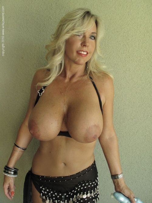 tits Mature girls big blonde